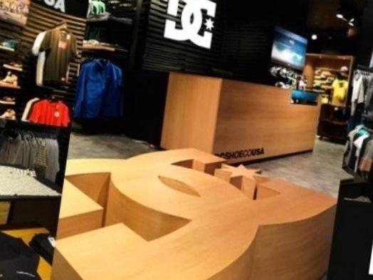 Montaje de muebles en tiendas de deporte