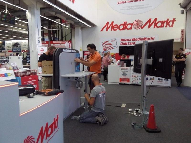 Montaje de mobiliario en media markt