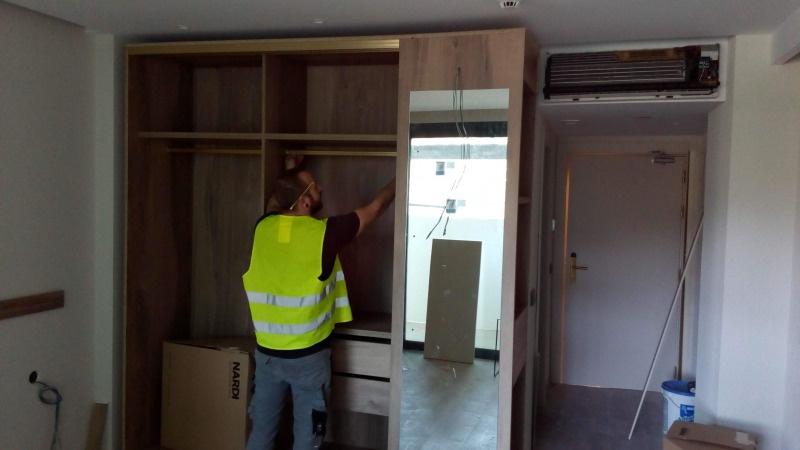 Montaje de armarios en obra hotel contract