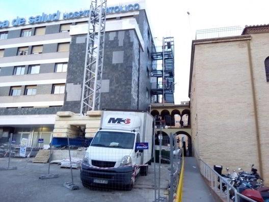 Instalación de mobiliario en hospitales
