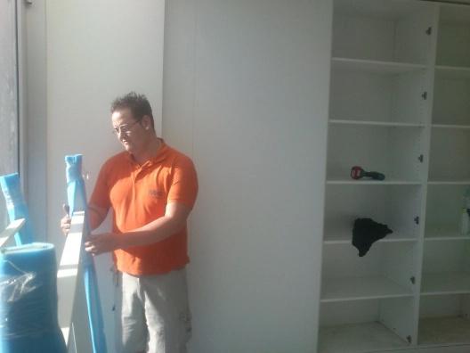 instalación de mobiliario de oficina