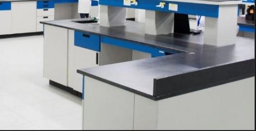 Desmontaje de Mobiliario de Laboratorio