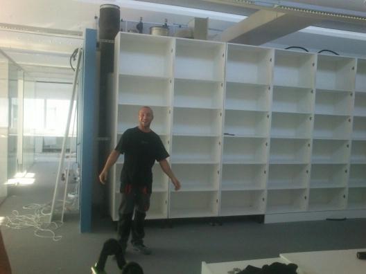 montadores de mobiliario en oficinas