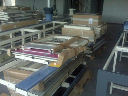 Mudanzas de mobiliario de laboratorio